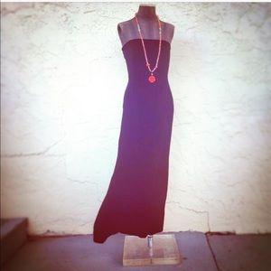 ANN TAYLOR elegant velvet strapless gown